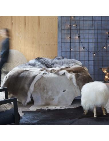 Natūralios karvės odos kilimas, rudos+baltos spalvos, 150x170cm   Kilimėliai   duodu.lt