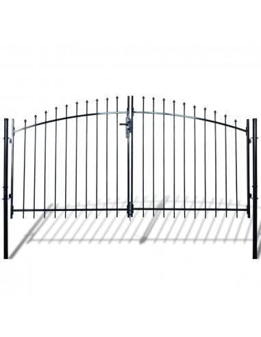 Dvigubi tvoros vartai su iečių viršugal. 300 x 175 cm   Vartai   duodu.lt