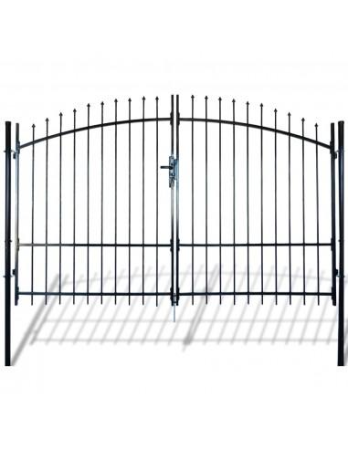 Dvigubi tvoros vartai su iečių viršugal. 300 x 225 cm   Vartai   duodu.lt